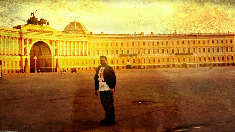 A Lone Tourist@St.Petersburg,Russia